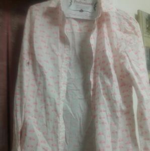 shirt white with pink bicycles